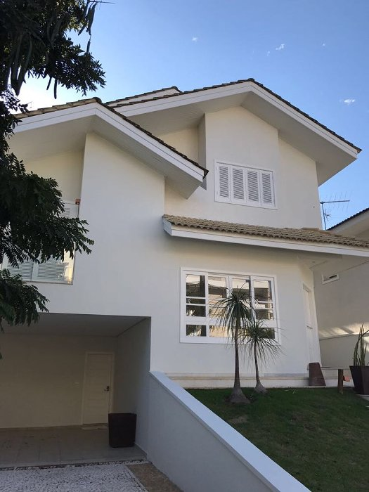 Condomínio Arujá 5 - 3 dormitórios