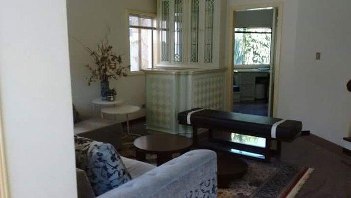 Casa com 04 suítes, 2 closet e hidro
